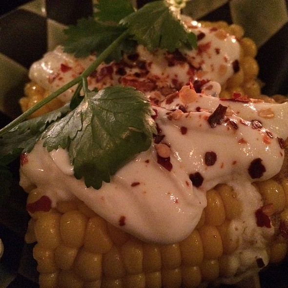 Corn W. Cheece & Chili