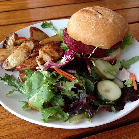 Signature PLANT Burger @ The Plant Cafe Organic