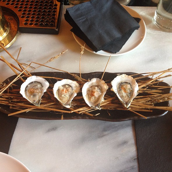 Hay Roasted Oysters - Maysville, New York, NY
