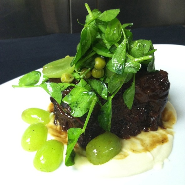 Short Ribs With White Chocolate Celery Root Puree @ Barclay Prime