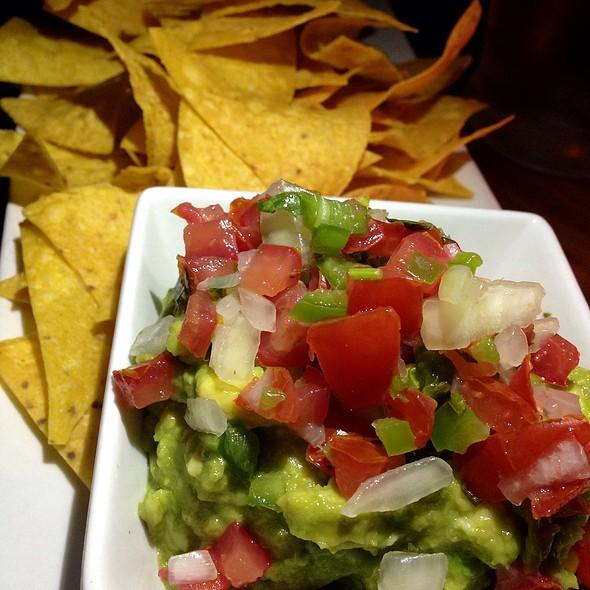 Eva's Avocado Guacamole, Pico De Gallo, Crispy Tortilla Chips - Beso, Hollywood, CA
