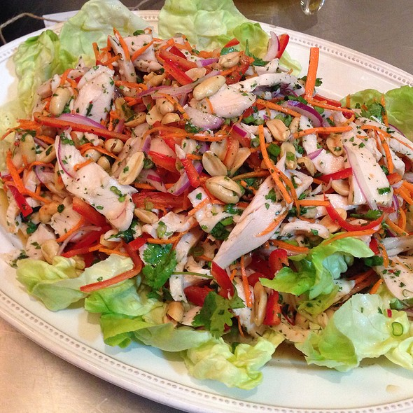 Asian Chicken Salad With Fish Sauce Dressing @ Sur La Table