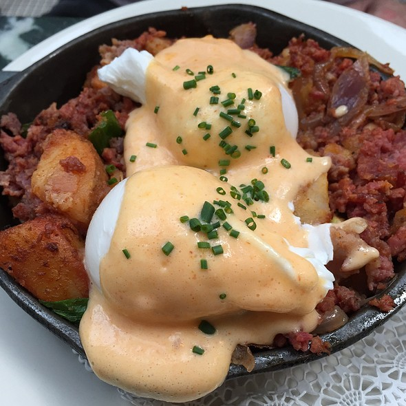 Corned Beef Hash @ Juliette
