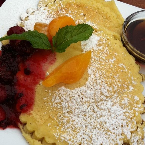 Giant Pancakes! @ tangos
