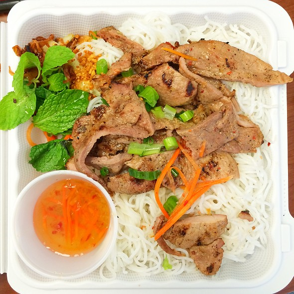 Vermicelli Bowl With Pork
