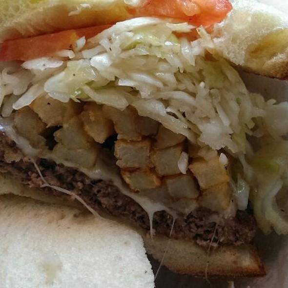 Pitts-Burger @ primanti brothers restaurant