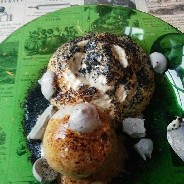 Coffee & Liquorice: Frozen, dried and foamy @ Hverfisgata 12