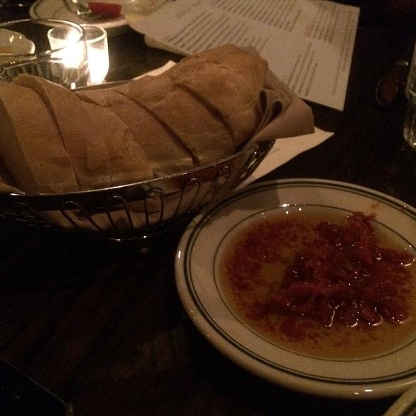 Bread With Sun Dried Tomato Oil