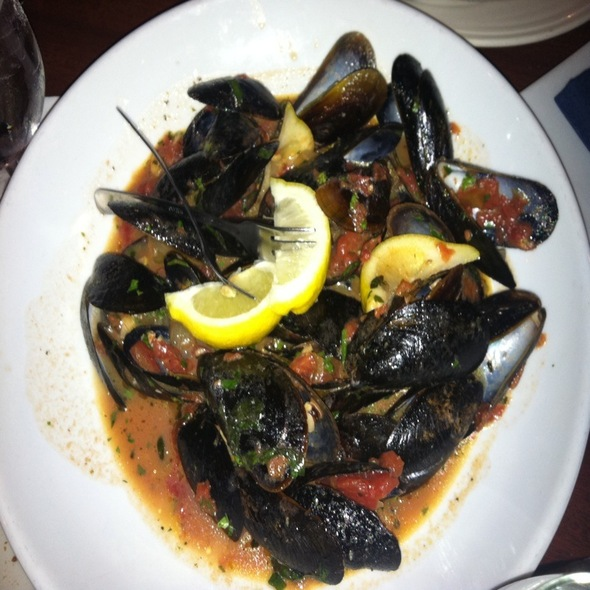 Mussels - Don's Lighthouse Grille, Cleveland, OH