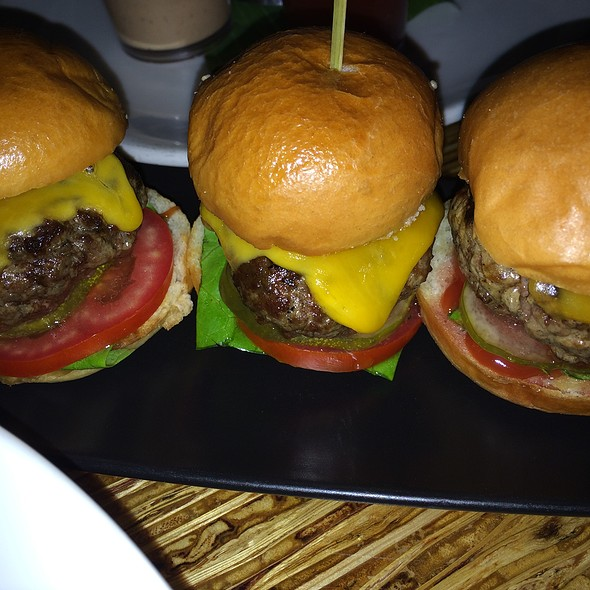 Kobe Beef Sliders - Tantalum, Long Beach, CA