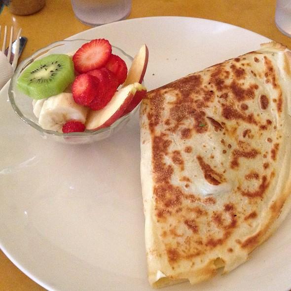 Pesto Chicken Crepe @ Honey Honey Cafe & Crepery