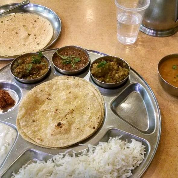 Mini Gujurati Thali @ Jay Bharat Restaurant