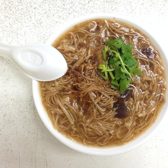 大腸肉焿麵線 | Dachang Mianxian @ 藍家割包