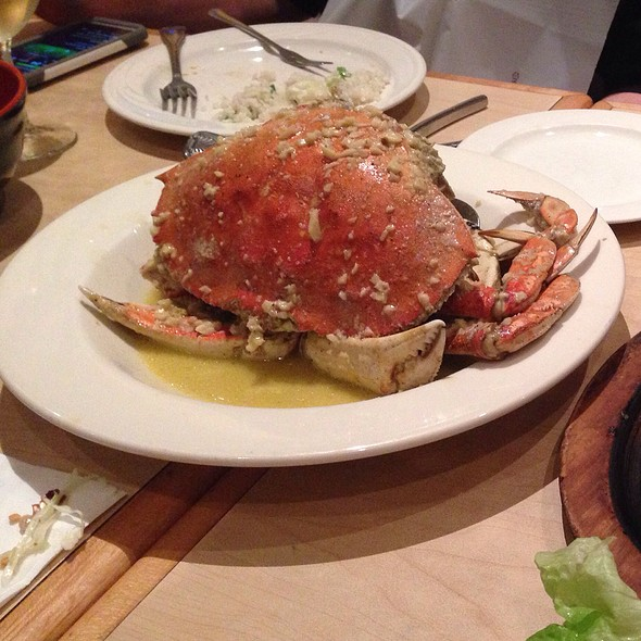 Cracked Whole Roasted Dungeness Crab