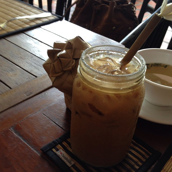 Khmer Iced Coffee @ New Leaf Book Cafe
