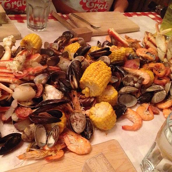 Crab pot seafood restaurant menu seattle wa foodspotting for Fish restaurant seattle