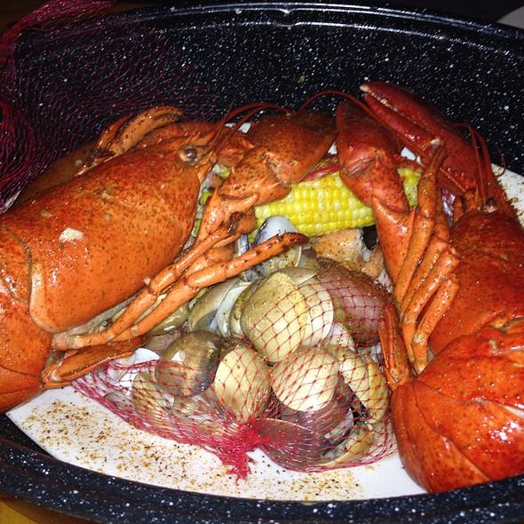 Joe 39 s crab shack menu san antonio texas foodspotting for Two fish crab shack