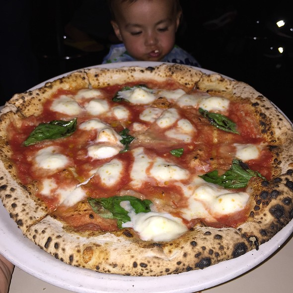 Margherita Pizza @ Tony's Pizza Napoletana