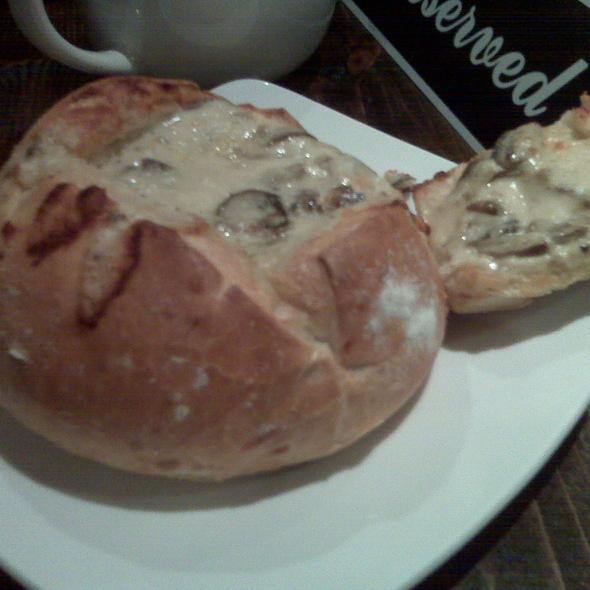 Cheese and Mushroom Fondue