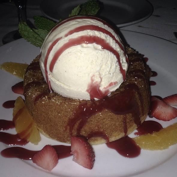 Mastro's Signature Warm Butter Cake @ Mastro's Steakhouse