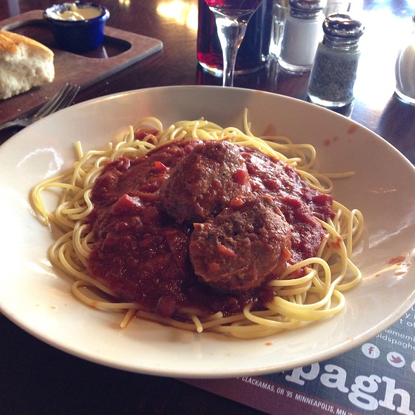 Spaghetti & Sicilian Meatballs (Lunch Sized)
