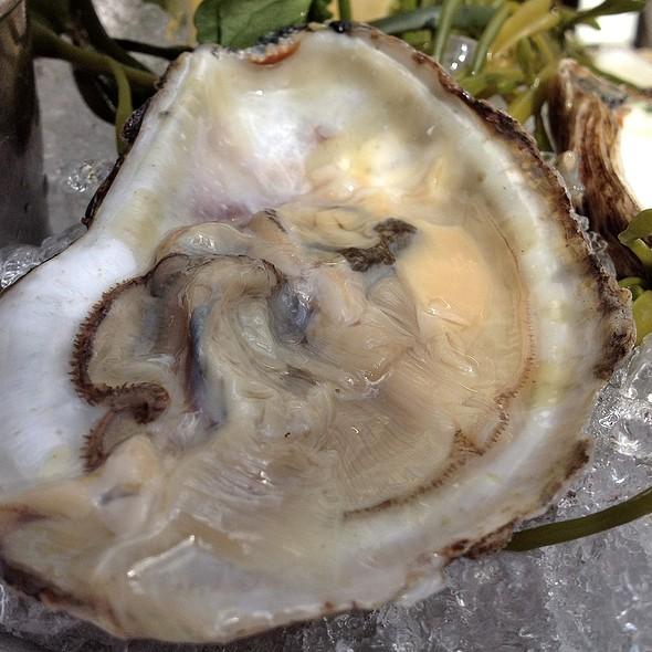 Oyster - Brasserie Ruhlmann, New York, NY