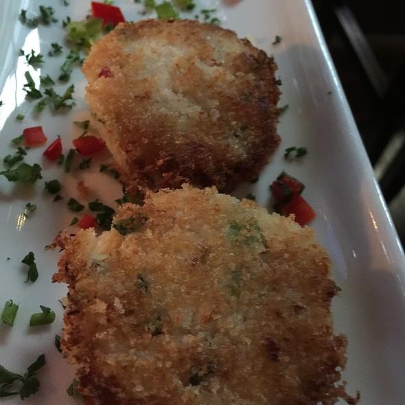 Crab Cakes - 520 Bar & Grill, Bellevue, WA