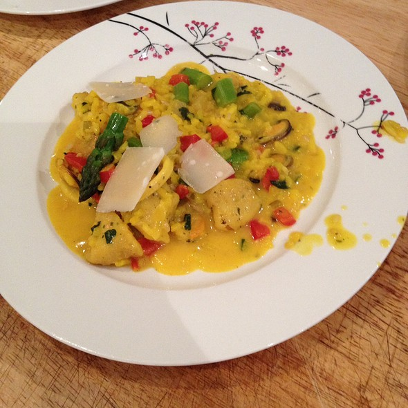 Saffron Risotto With Seafood @ Z'graggen's Family Home