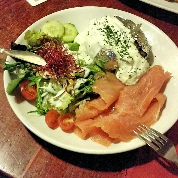 Salmon Plate @ Alt Berliner Biersalon