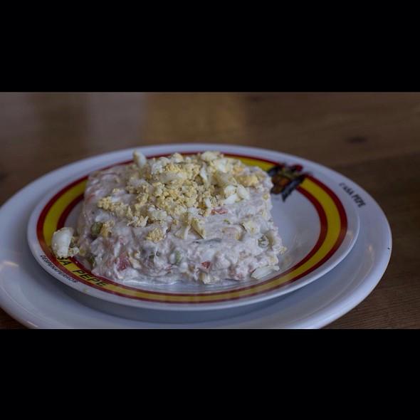 ensaladilla rusa @ Restaurante Casa Pepe