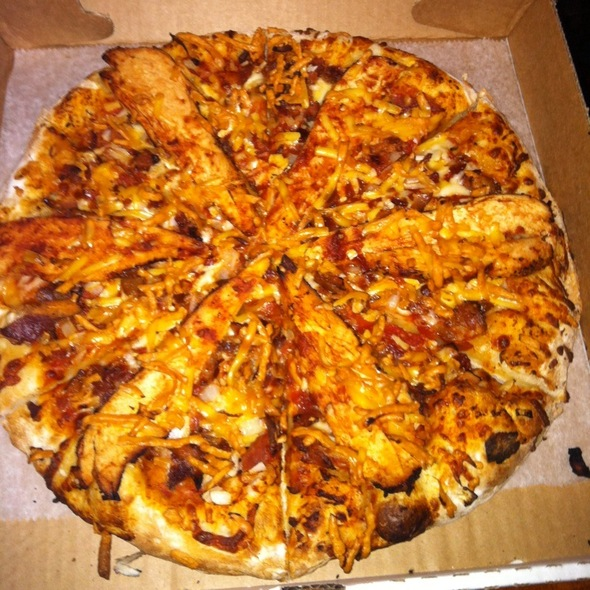 BBQ Chicken Pizza @ bartenders