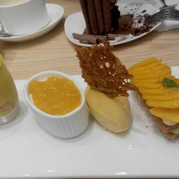 Mango Napoleon  @ Patisserie Tony Wong
