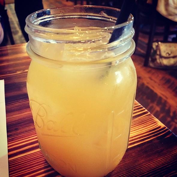 Maple Peach Sour @ The Bayou