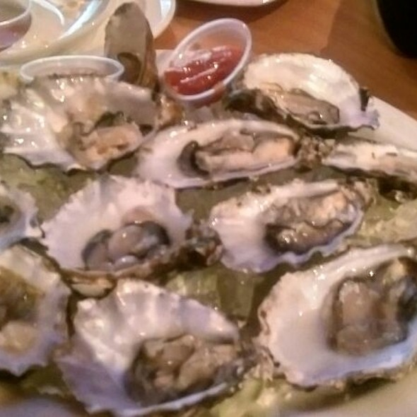 Oysters @ Rumors