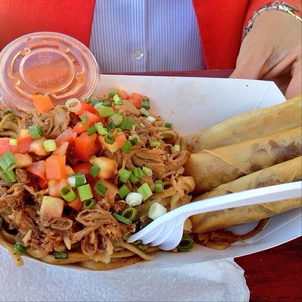 Bbq Pork W/ Noodles And Veggie Lumpia @ Hey Joe Truck Filipino Street Food