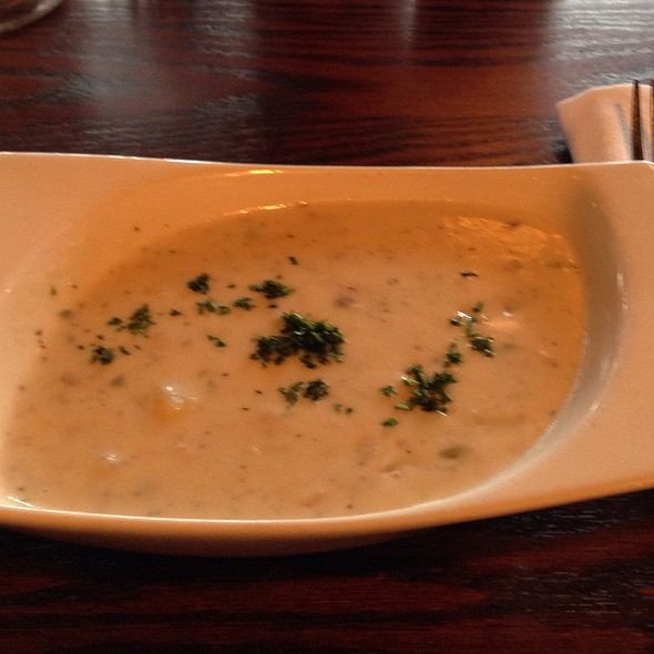 New England Clam Chowder - 22 Bowens Wine Bar and Grille, Newport, RI