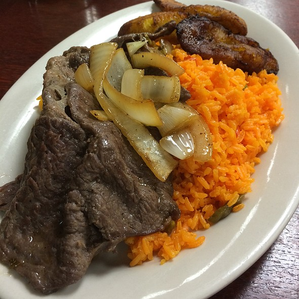 Grilled Steak With Rice And Sweet Plantains