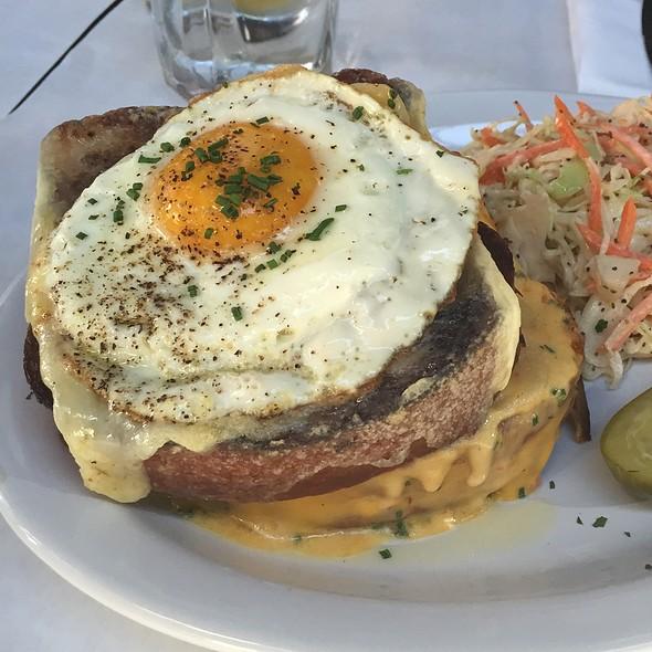 Mac & Cheese Croque Sandwich @ Pete's Cafe & Bar