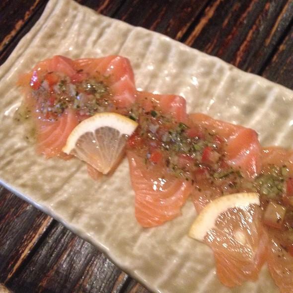 salmon carpaccio @ Tomo Izakaya Esplanade Mall