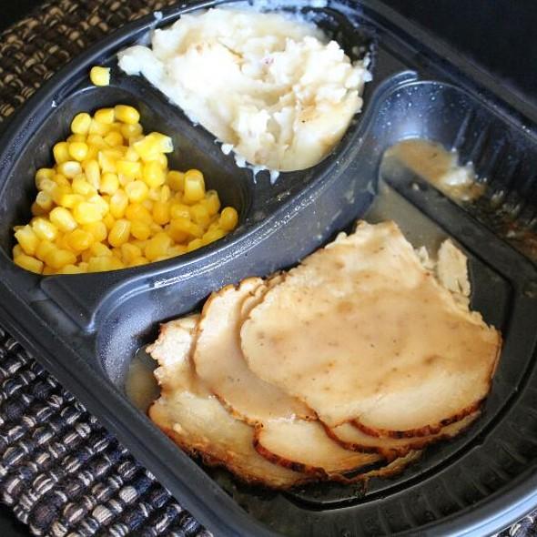Rotisserie Turkey Dinner @ Pick 'n Save