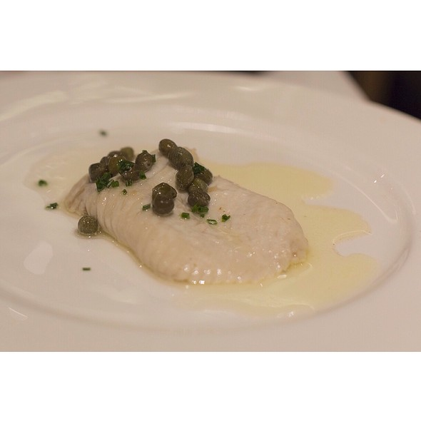 Skate Fish With Butter Sauce