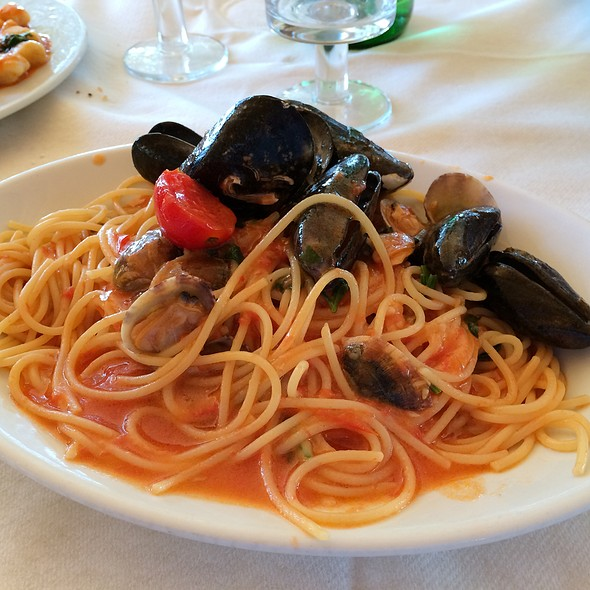 Spaghetti With Seafoods