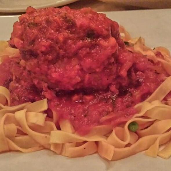 Osso Bucco - King Umberto Restaurant, Elmont, NY