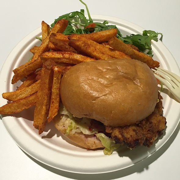 Fried Chicken Sandwich And Bbq Fries