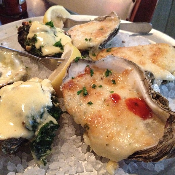 oysters combination @ Pappadeaux Seafood Kitchen