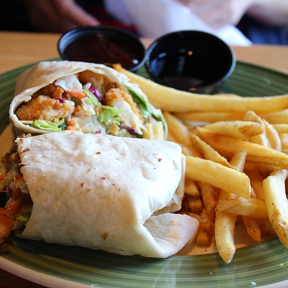 Oriental Chicken Rollup @ Applebee's
