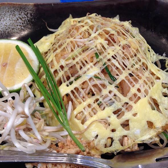 Vegetarian Pad Thai @ Soi