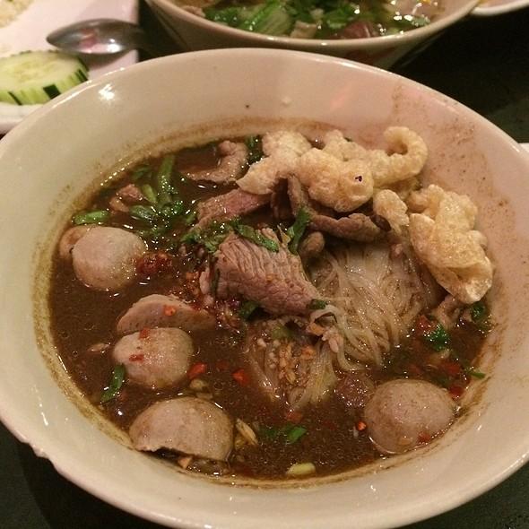 Boat noodles @ Zen Yai Thai Restaurant