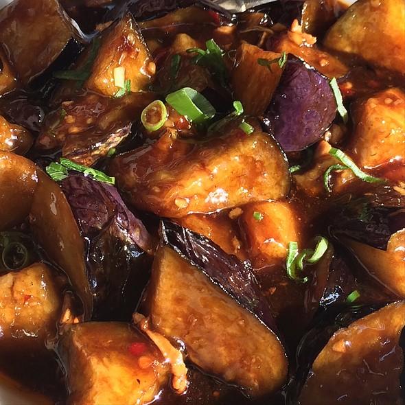 Yuxiang Eggplant   魚香茄子 @ Old Shanghai