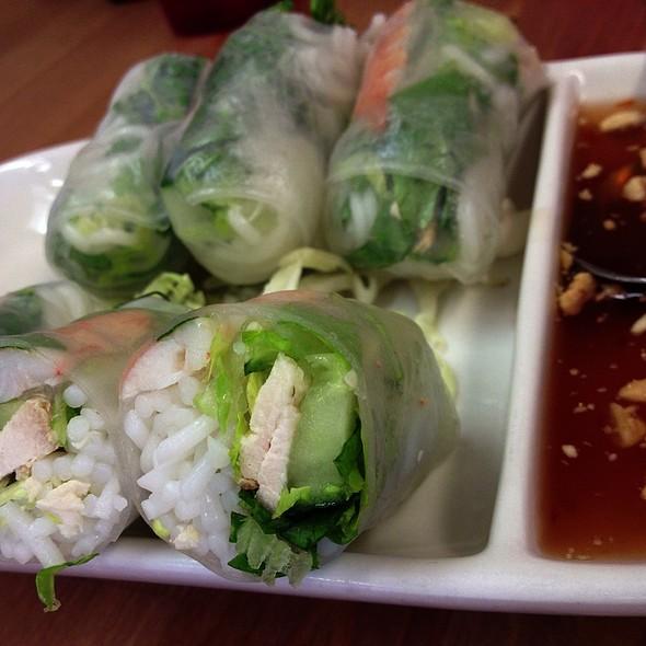 Fresh Spring Rolls With Shrimp And Chicken @ Sabaidee Thai Cuisine